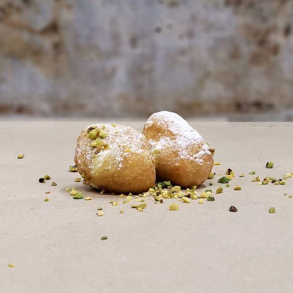 castagnole ripiene al pistacchio